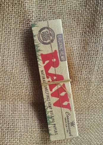 RAW Organic Connoisseur King Size Slim + Tips 1